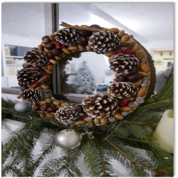 Bostik DIY Natural Christmas Wreath title