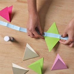 DIY Bostik Indonesia tutorials Bunting project step 4