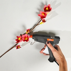 DIY Bostik Indonesia tutorials cherry blossom branch step 4