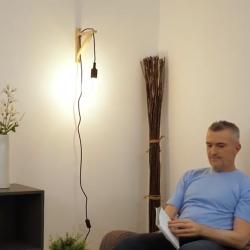 Bostik DIY France news Comment fixer une lampe murale sans percer banner image