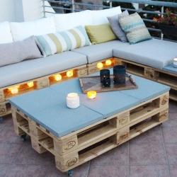 Bostik DIY Greece tutorial palet couch banner image
