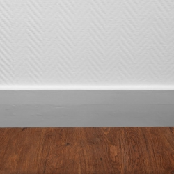 Bostik DIY Lithuania tutorial how to seal a skirting board step 4