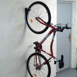 Bostik DIY Germany tutorial How to fix a bike teaser image