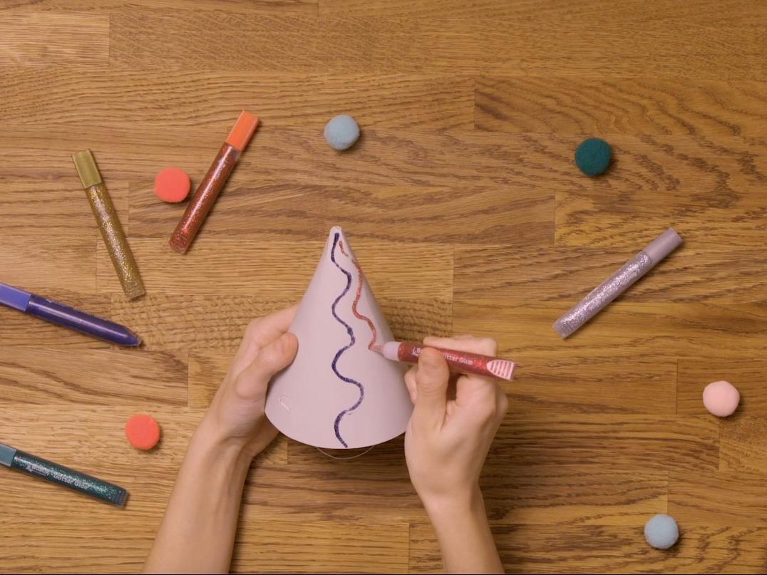Bostik DIY United Kingdom how to use Glitter Glue step 2
