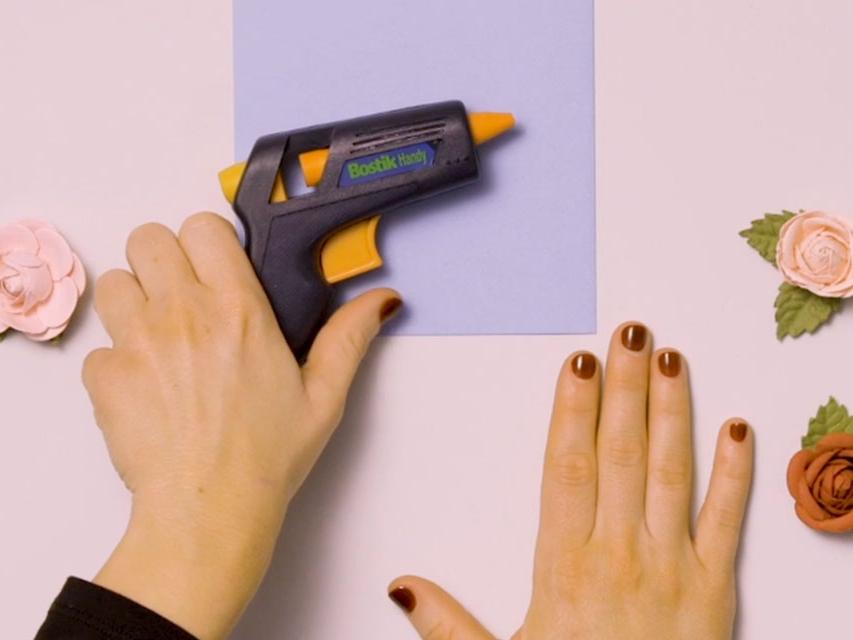 Bostik DIY United Kingdom how to use Glue Gun banner image