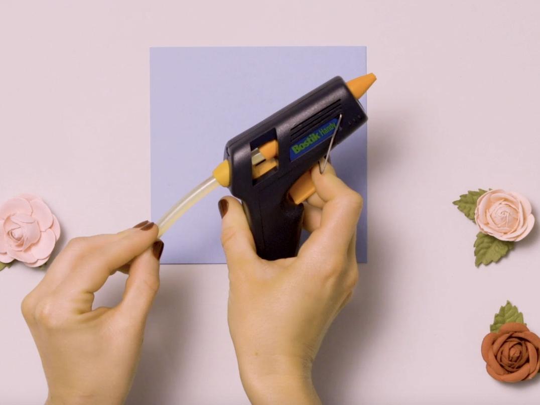 Bostik DIY United Kingdom how to use Glue Gun step 2
