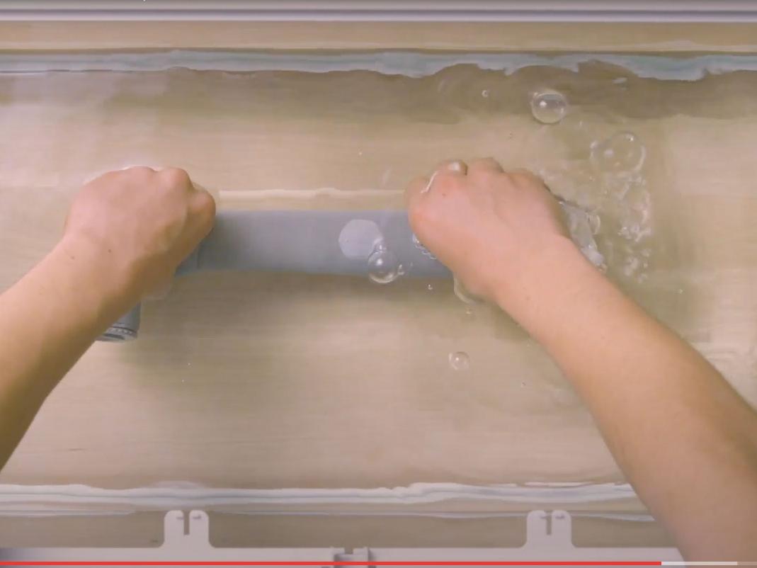 Bostik DIY France How to stop a leak step 3