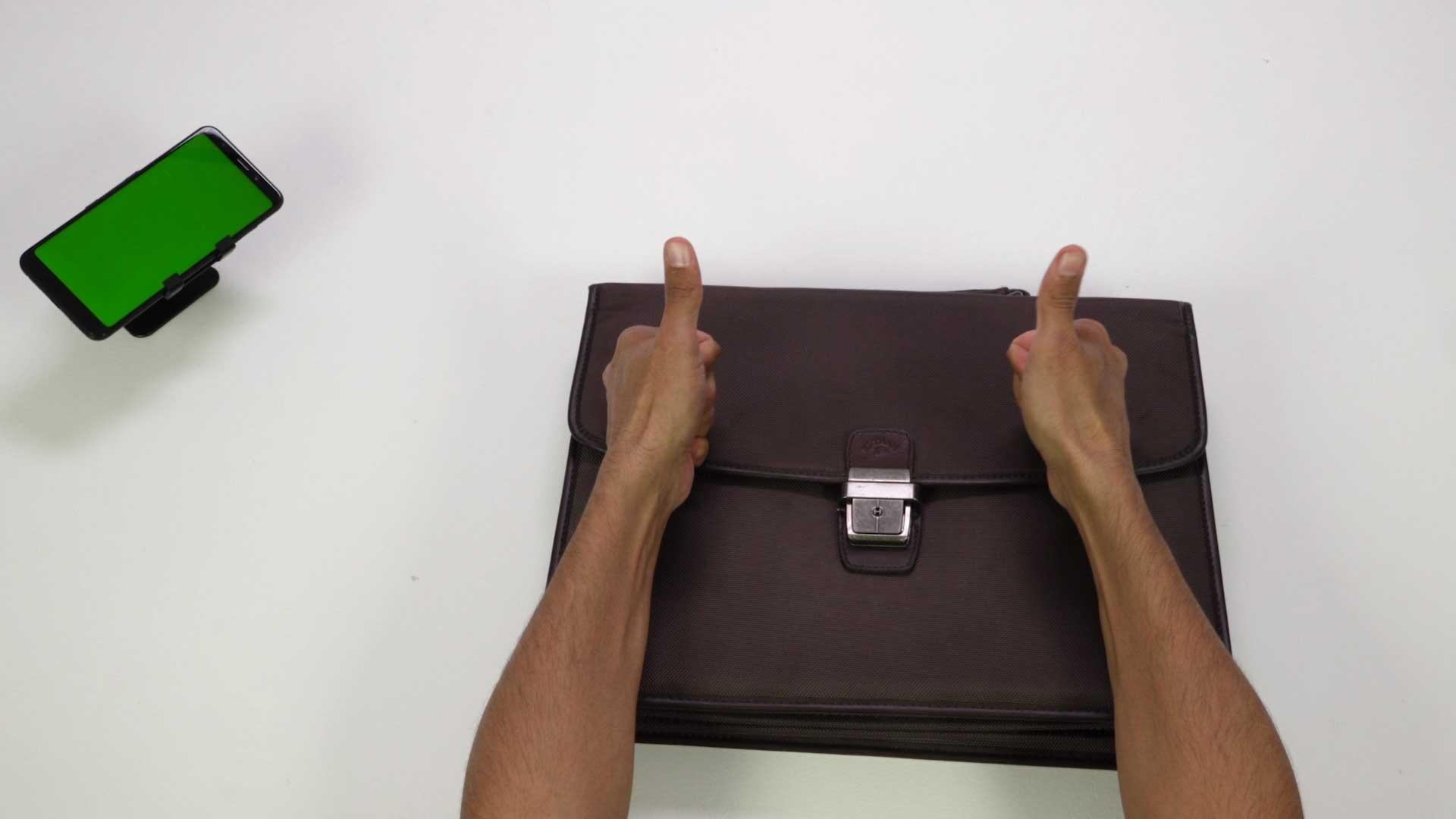 Bostik DIY Russia tutorial how to repair a bag teaser image