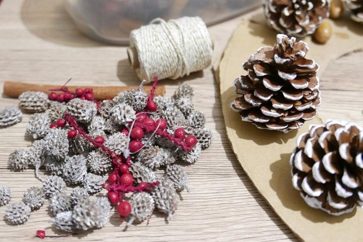 Bostik DIY Natural Christmas Wreath step 1