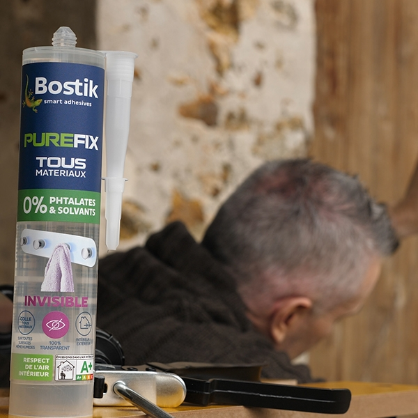 diy-bostik-purefix-invisible-fixation-mastic-ambiance