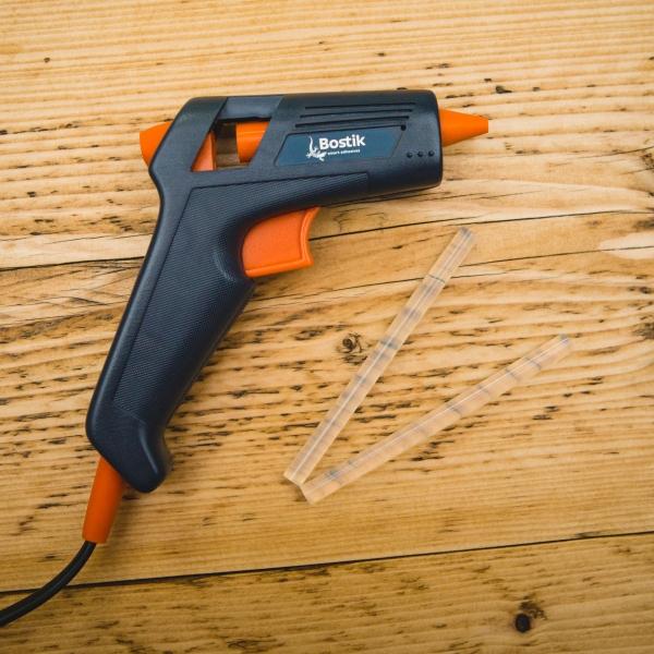 Bostik DIY Hot Melt Glue Gun United Kingdom Impression