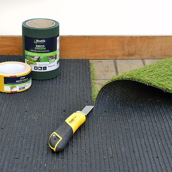 diy-bostik-colle-gazon-synthetique-gamme-deco-green