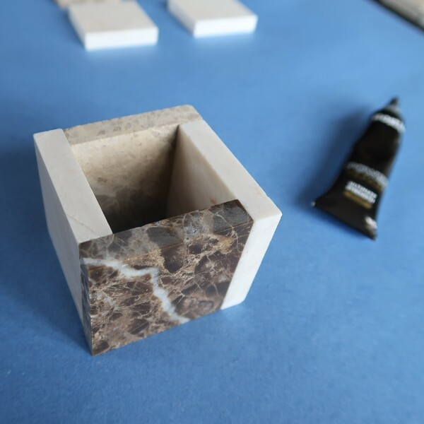 Bostik-DIY-square-pots-for-small-plants-step3