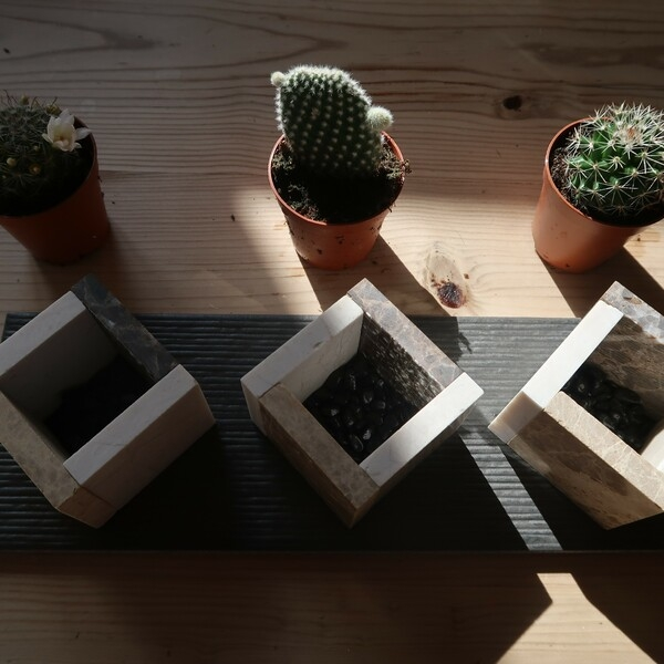 Bostik-DIY-square-pots-for-small-plants-step5