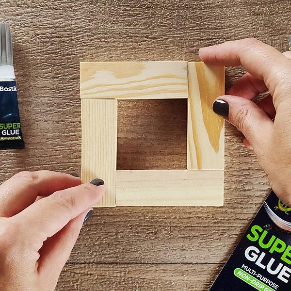 Bostik DIY Greece tutorial wooden ornaments step 2