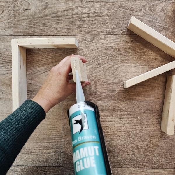 Bostik DIY Greece tutorial valentines day step 8