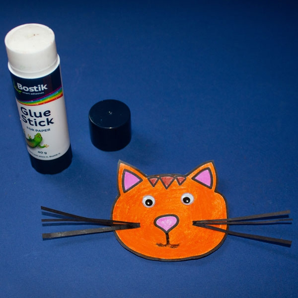 Bostik DIY South Africa Tutorial Paper Roll Cat step 6