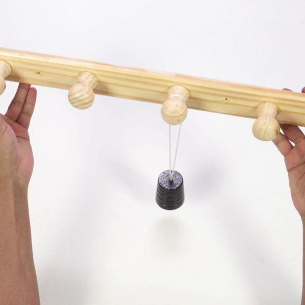 Bostik DIY France tutorial Repair Wooden Coat Rac step 5