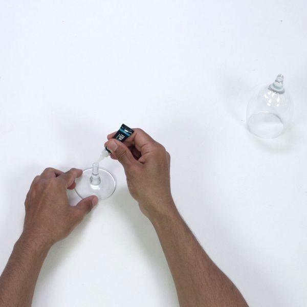 Bostik DIY France tutorial Repair a Broken Glass step 2