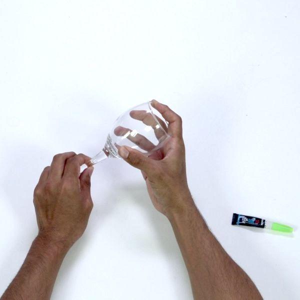Bostik DIY France tutorial Repair a Broken Glass step 3