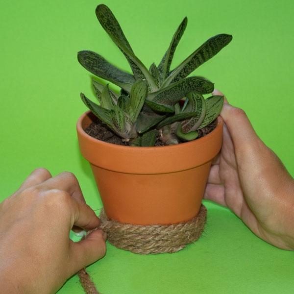 Bostik DIY South Africa Tutorial Planter Pots step 2
