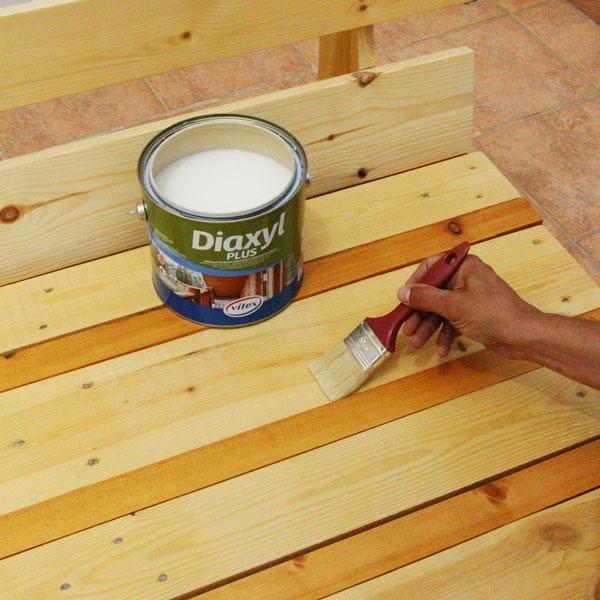Bostik DIY Greece tutorial palet couch step 13
