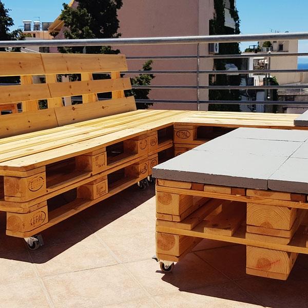 Bostik DIY Greece tutorial palet couch step 15
