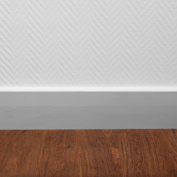 Bostik DIY France tutorial how to seal a skirting board step 4