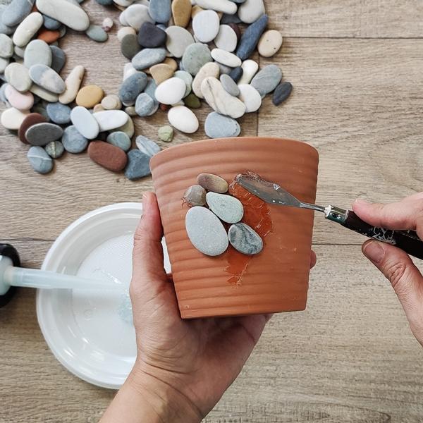 Bostik DIY Greece tutorial Flower Pots step 16