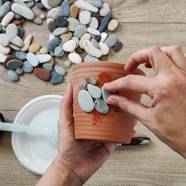 Bostik DIY Greece tutorial Flower Pots step 17