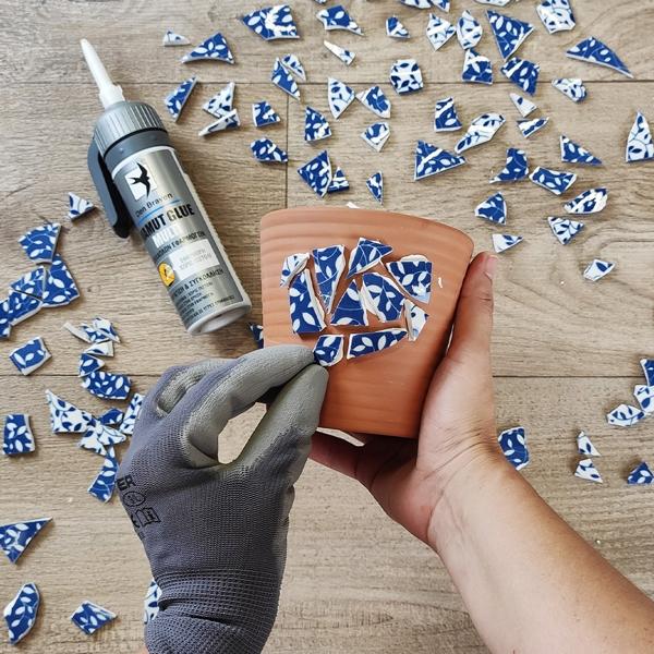 Bostik DIY Greece tutorial Flower Pots step 4