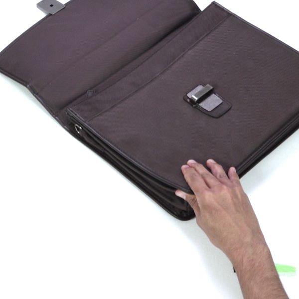 Bostik DIY Poland Ideas Inspiration Repair a Bag step 4