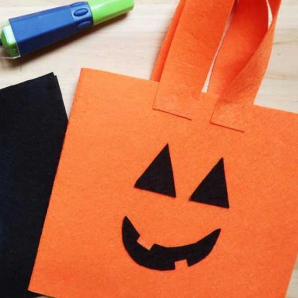Bostik DIY Romania tutorial Halloween bag banner image